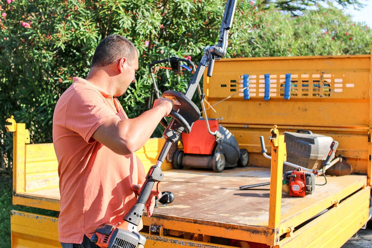 En avant pour l'entretien de vos jardins et espaces verts sur le Gard et l'Hérault !